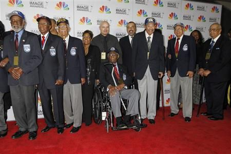 2013-11-11T235437Z_1_CBRE9AA1UF400_RTROPTP_2_USA-TUSKEGEE-REDTAILS
